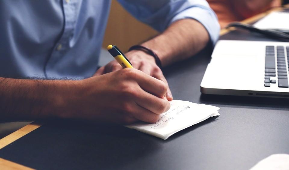 İçerik Editörü Nedir? Ne İş Yapar? Nasıl Olunur?